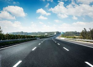 Reequilibrio en contratación pública: solo para autopistas y transportes - freepik.es